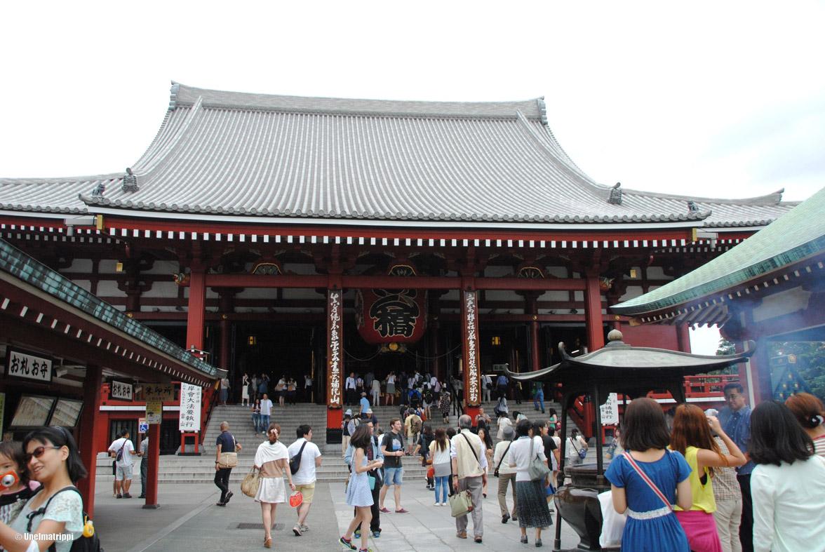 Tokio: temppeleitä, näköaloja, baareja