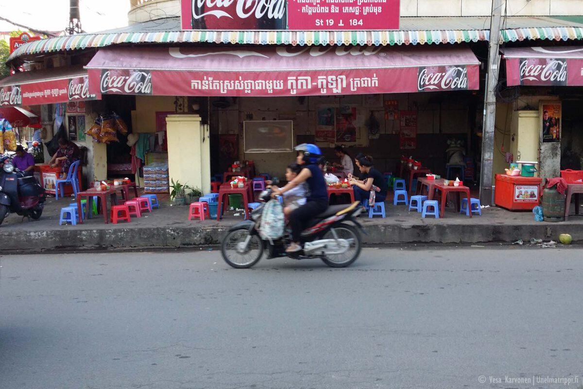Kohti Angkorin temppeleitä
