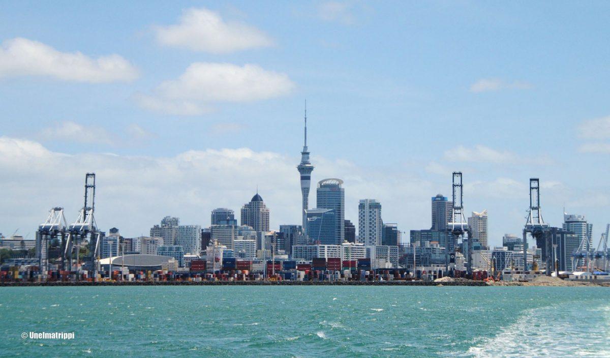 Waiheke Island ja Aucklandin Skytower