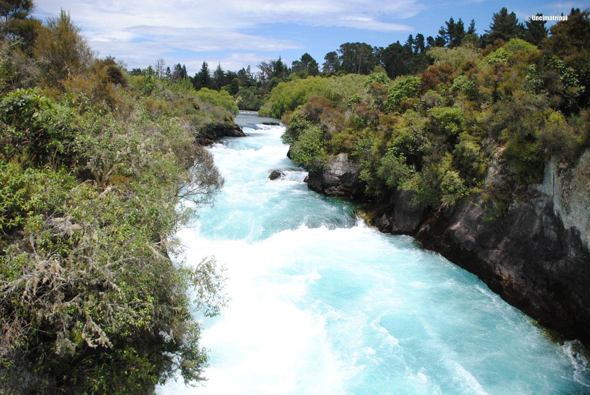 Taupo, Huka Falls ja pulahdus lähteeseen