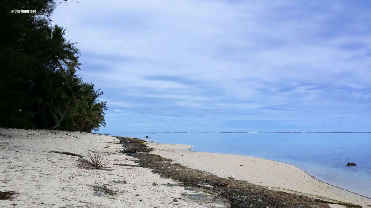 Snorklausta, mopoilua ja syömistä Rarotongalla