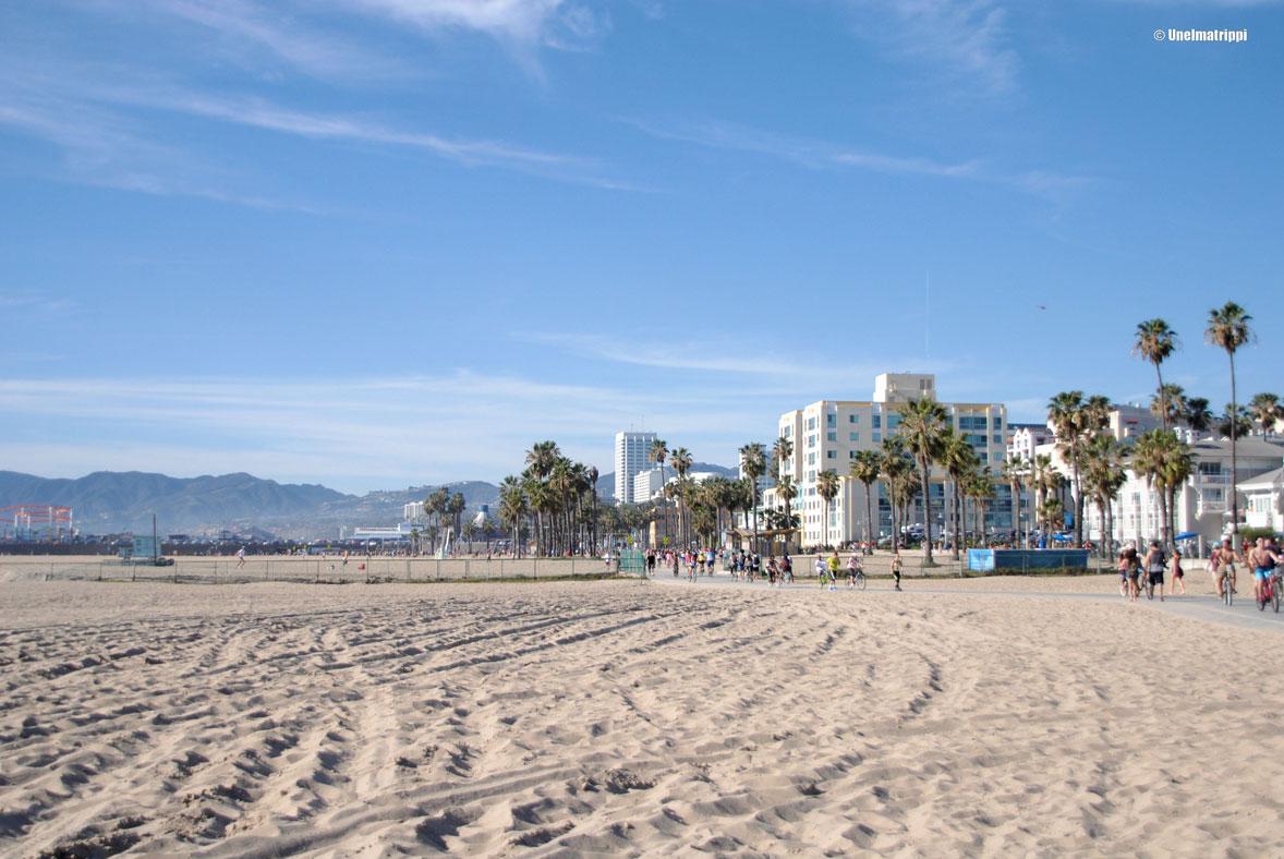 Päiväkävely Venice Beachiltä Santa Monicaan
