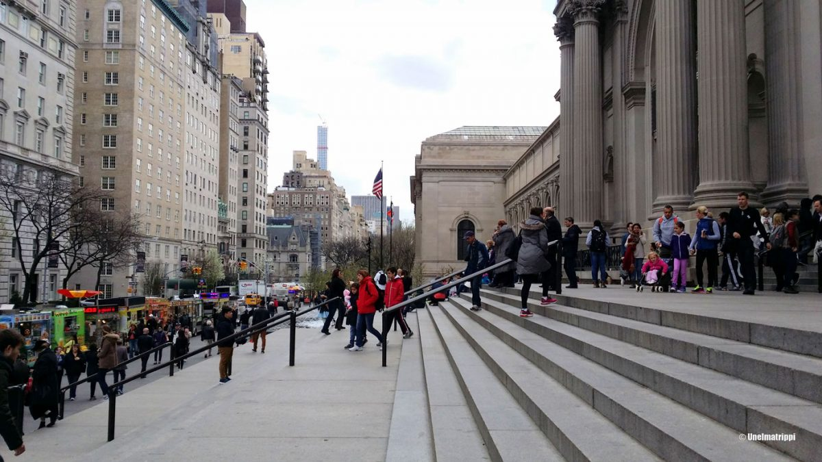 Metropolitan Museum of Art ja lisää epätoivoista shoppailua