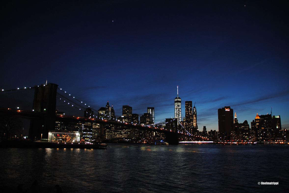 Brooklynissä päivällä ja illalla
