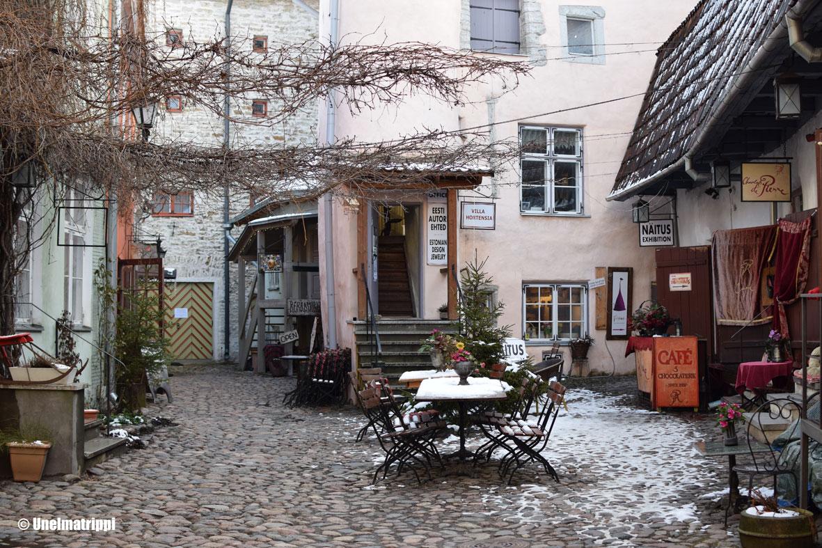 Tunnelmapaloja Tallinnasta (ja pari ravintolavinkkiä)