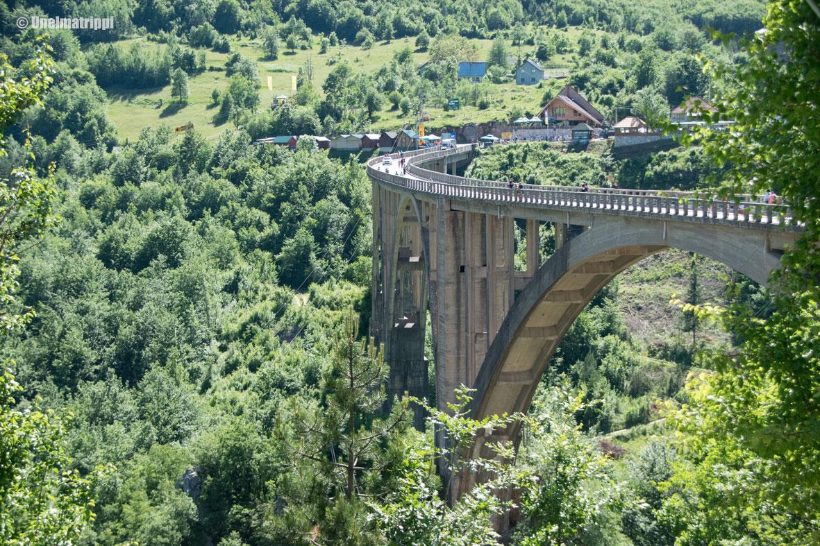Serbiasta Montenegroon: historiallinen juna ja Euroopan syvin kanjoni