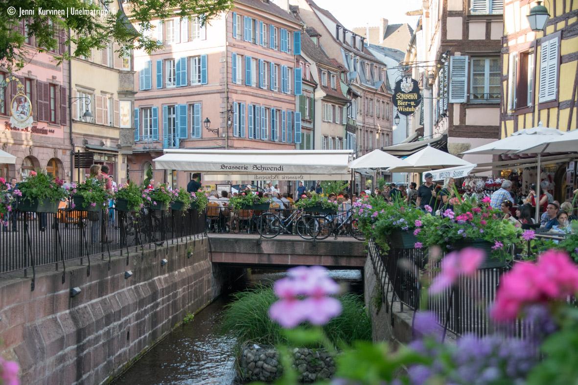 Autolla Euroopassa: upea ristikkotalojen Colmar