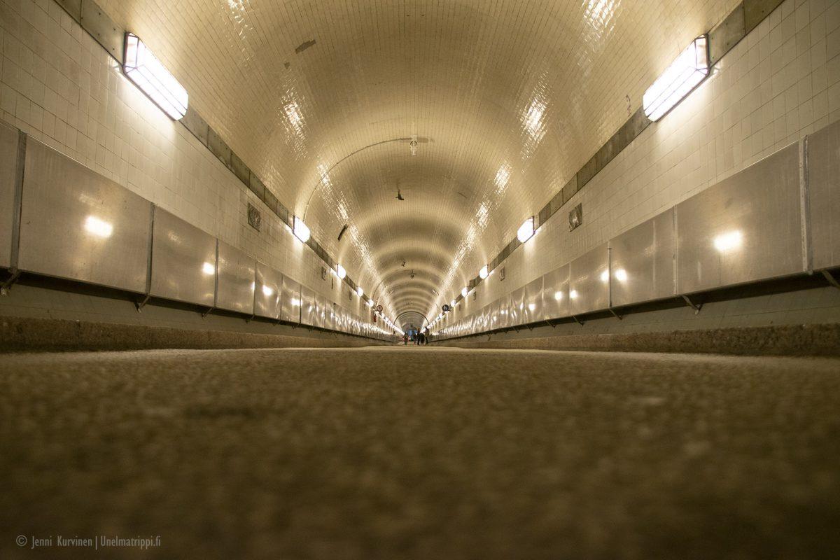 Hampuri: vanha Elben tunneli