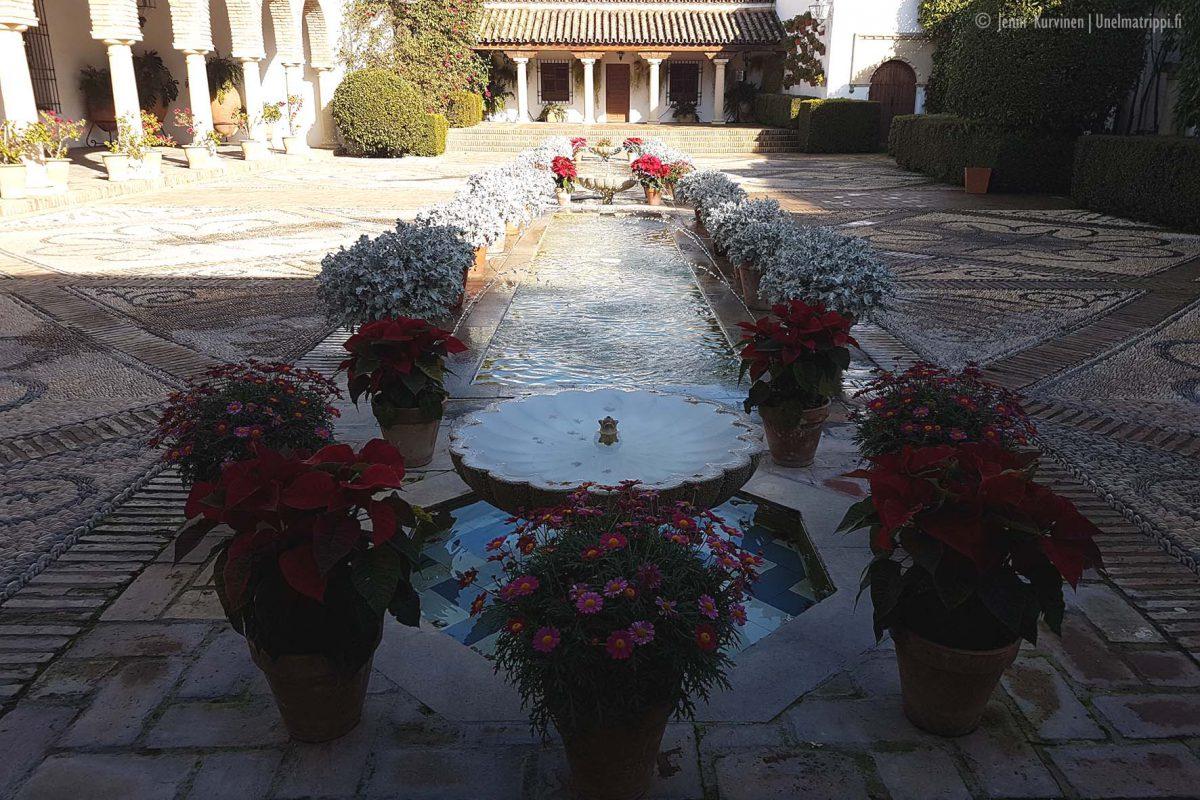 Artikkelikuva - Palacio de Vianan sisäpihaa