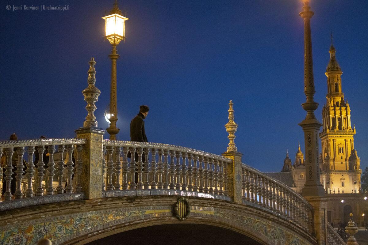 Sevillan Plaza de España on Euroopan kauneimpia aukioita