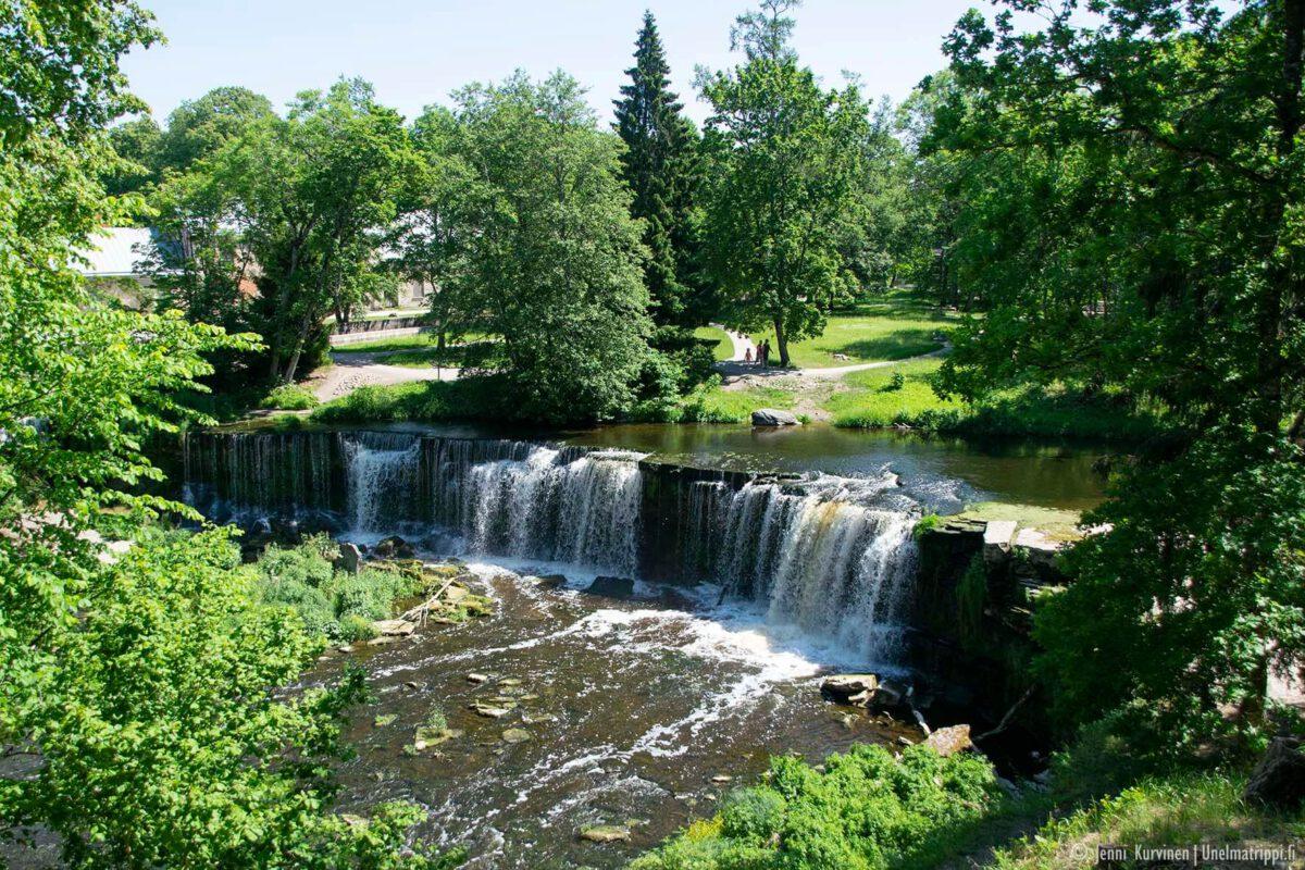 Matkalla Virossa: Keilan vesiputous on vehreä keidas