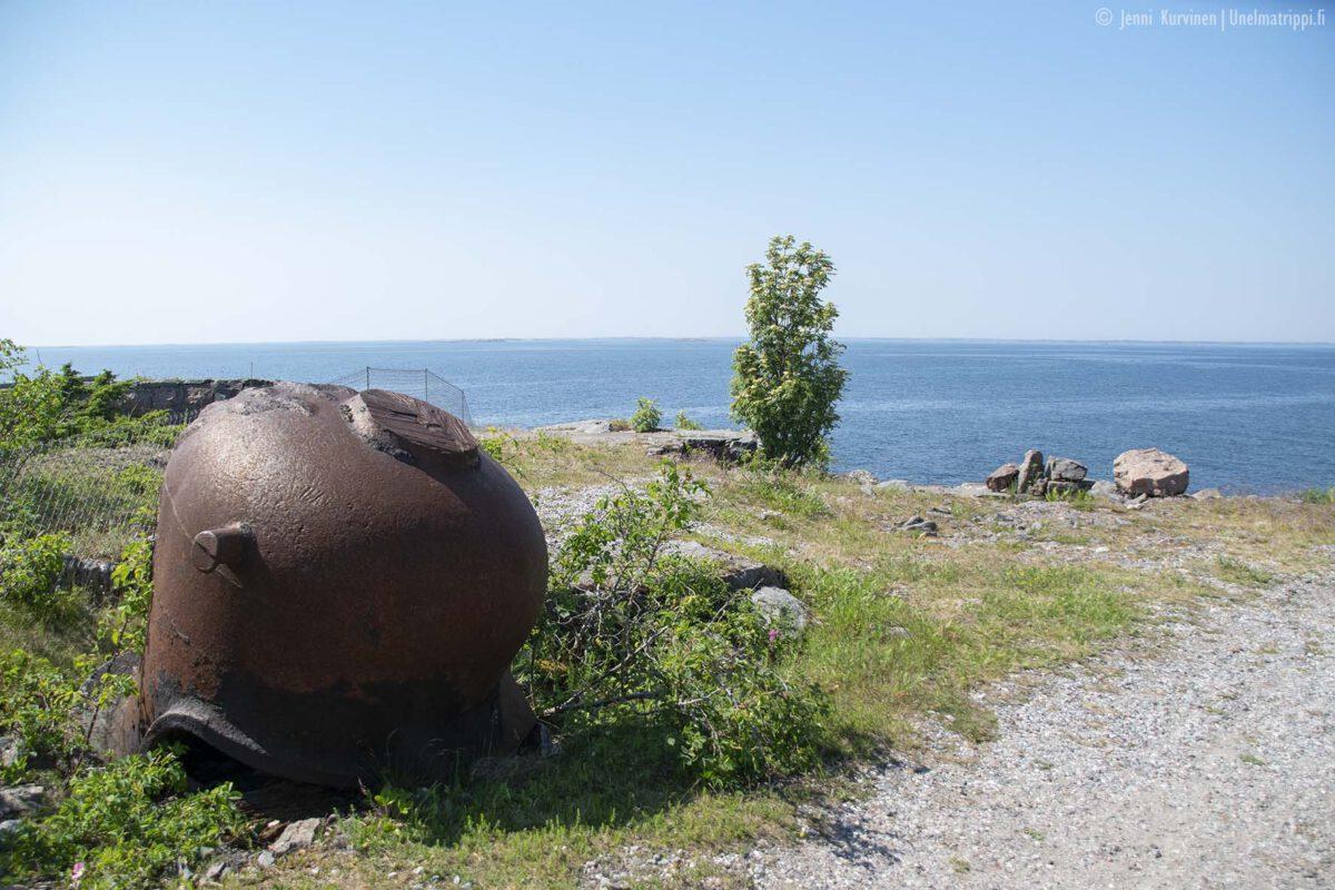 Yö saaristossa: linnakesaari Örö